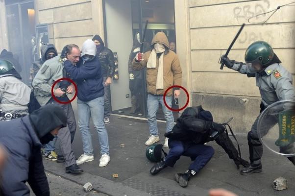Genova: chi è il black bloc?